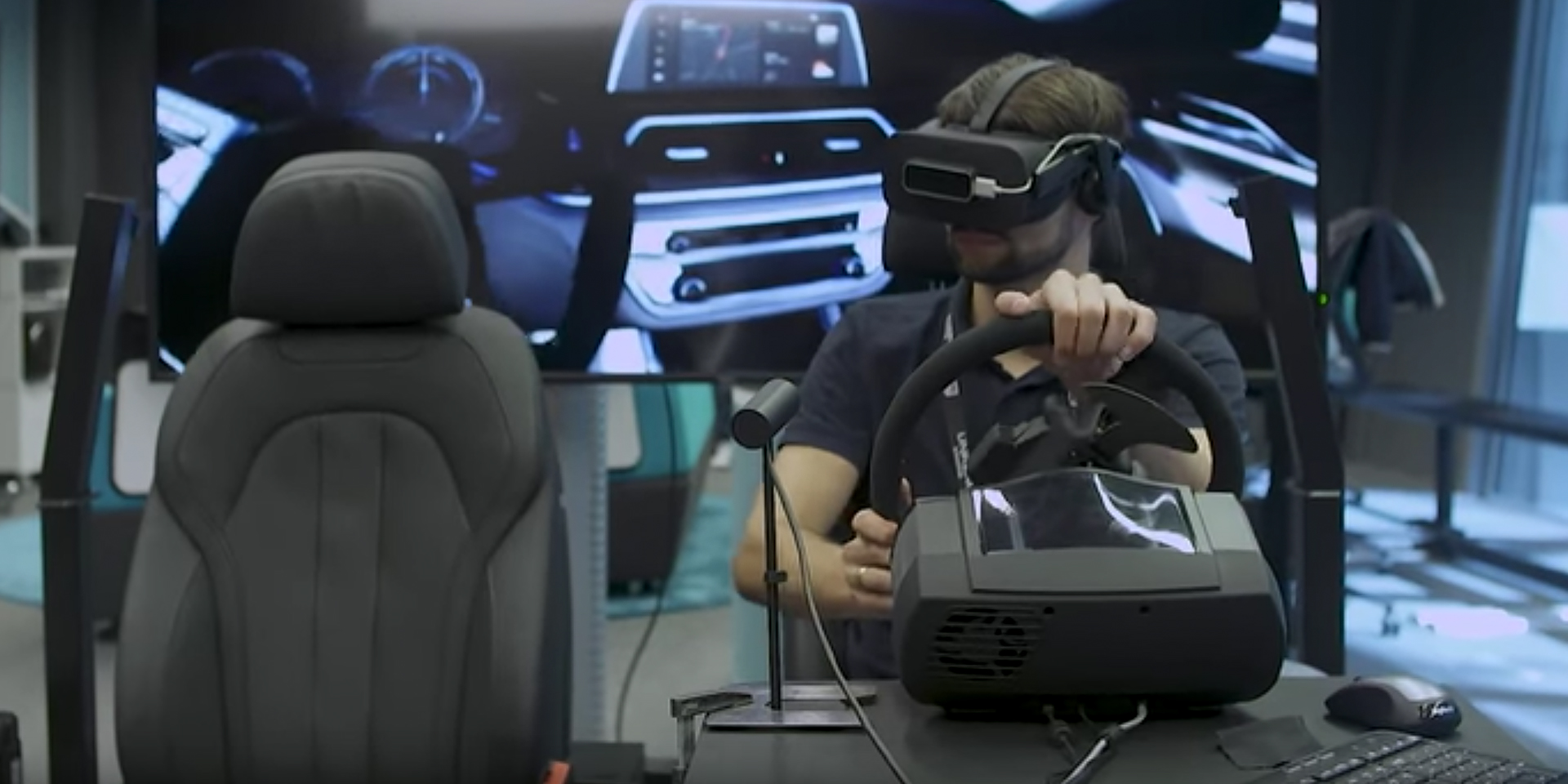Unreal+Engine/spotlights/bmw-brings-mixed-reality-to-automotive-design-with-unreal-engine/blog_feature_img1-1920x960-b0a9c1bea3d8f7fc8402fe77696a6bc410003337.jpg (1920×960)