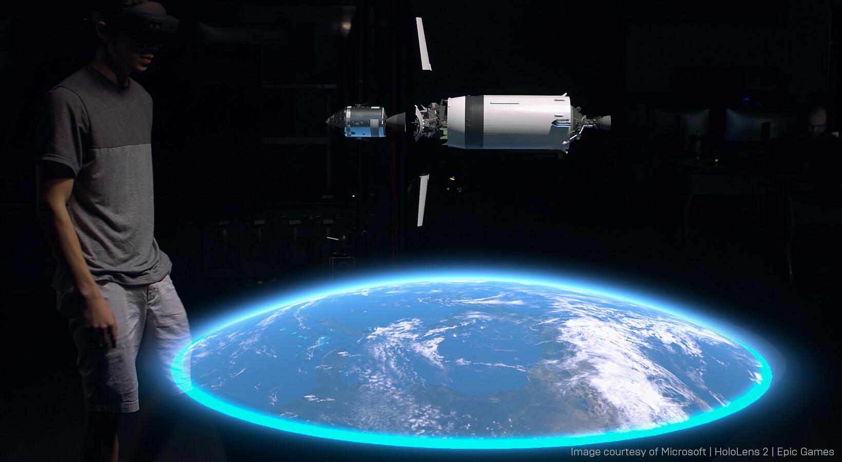 Spotlight_Apollo11_HololensBlog_Body_Image_1B.jpg