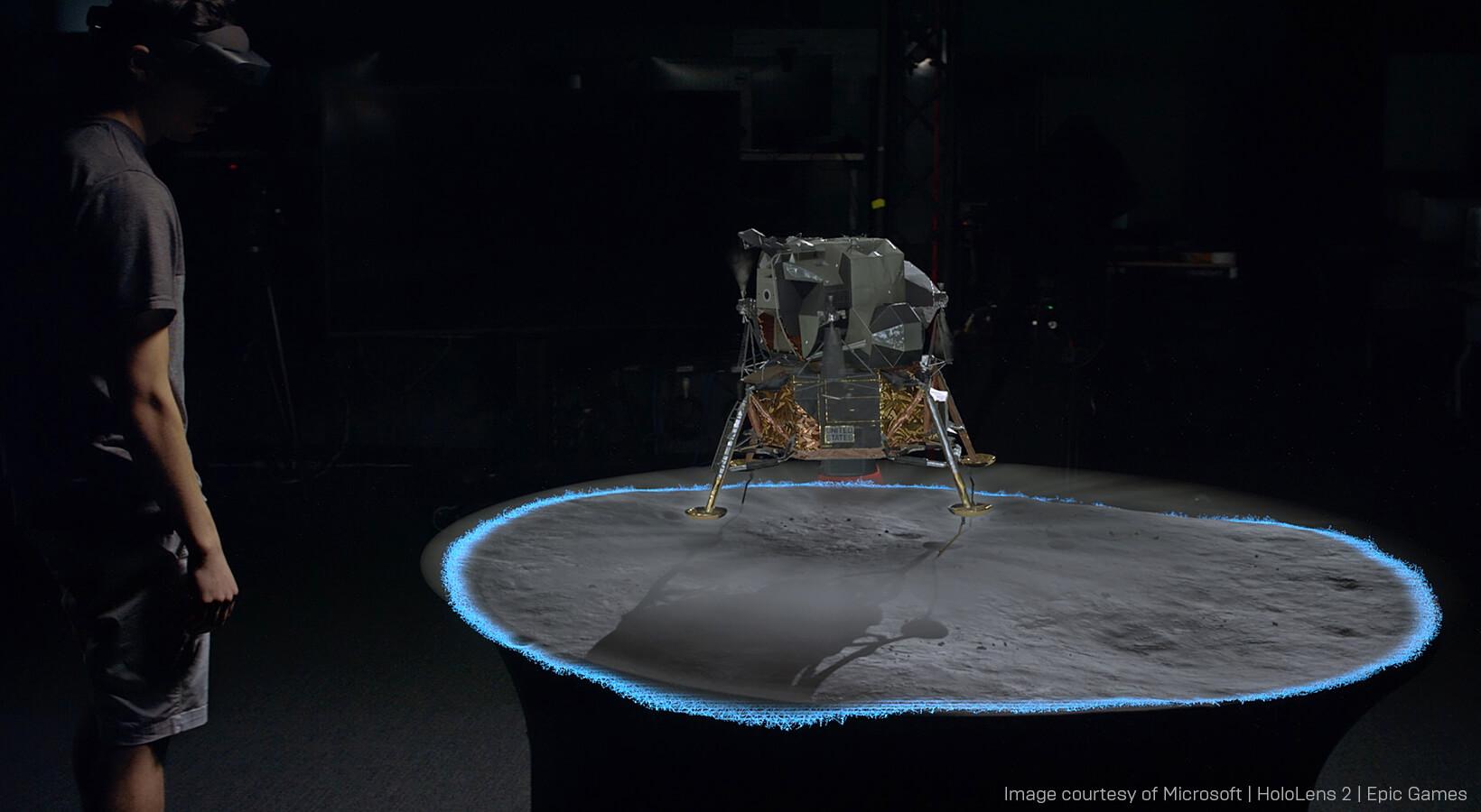 Spotlight_Apollo11_HololensBlog_Body_Image_5.jpg