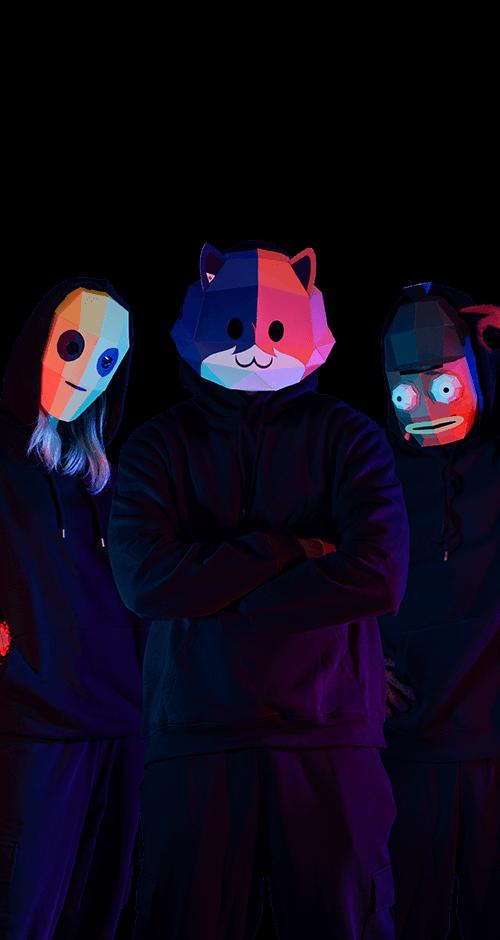 Tres personas con máscaras de #myFortnitemares